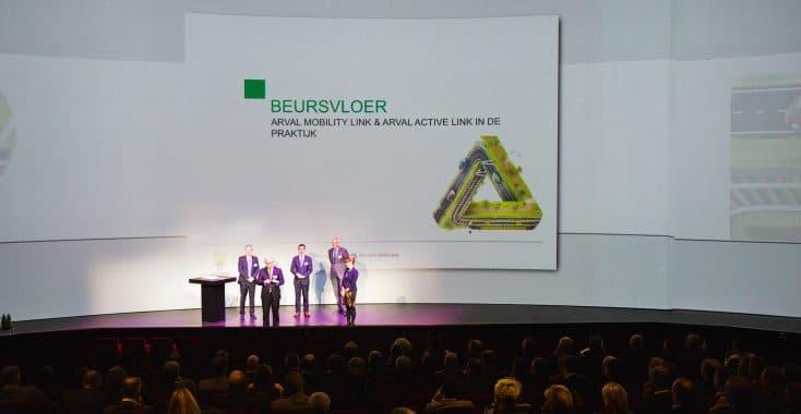 NEKZT Amersfoort presentatie op podium